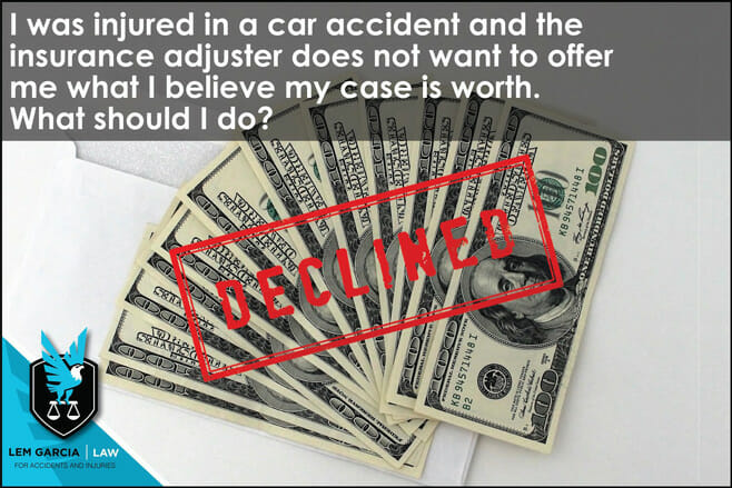 injured-in-car-accident-adjuster-doesnt-want-offer-what-my-case-worth